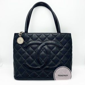 Chanel Cavair Medallion